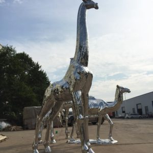 Luxury-shiny-metal-giraffes-camel-animal-windowdisplay