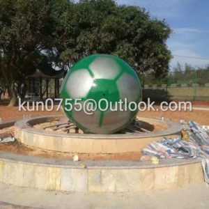 factory directly 1800mm white and green stainless steel footballs scupture