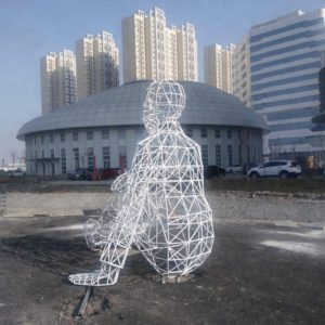 Park humanoid stainless steel tube sculpture